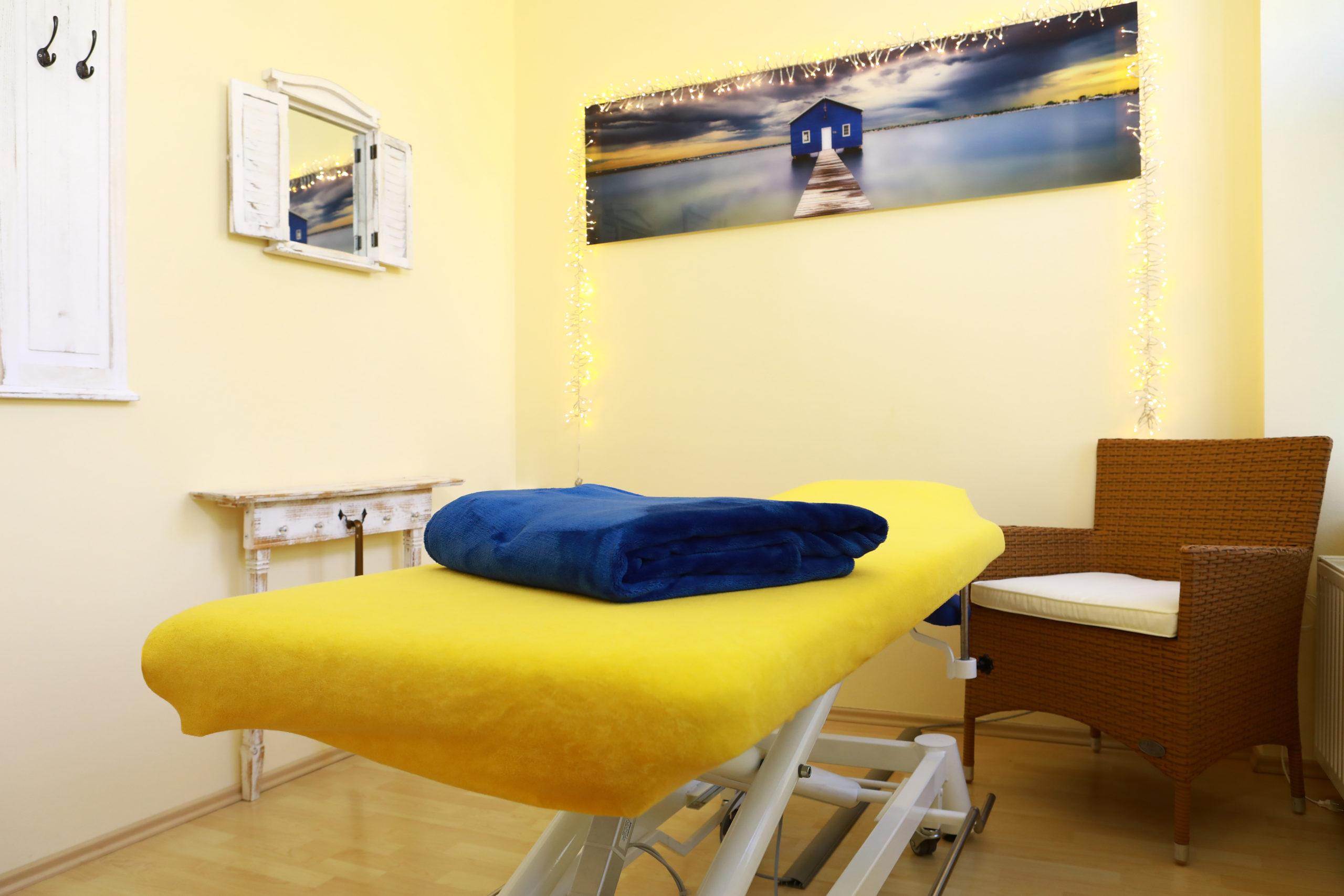 Therapieraum in der Praxis Physiotherapie Blau in Potsdam.